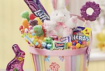 Easter Baskets / The hunt is on for the best goodies!
