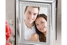 Photo Frames & Albums / Photo Frames & Albums http://discountweddingfavors.com/54-photo-frames-albums-wedding-favors / by Laura Scott