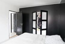 Svarta dörrar