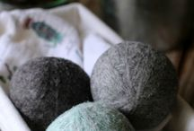 wool dryer balls and essential oils / Crafts