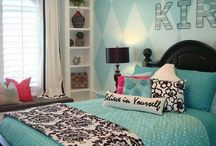 Room Ideas / Redoing my bedroom. Black, white, and teal. Love damask, audrey hepburn, and disney.