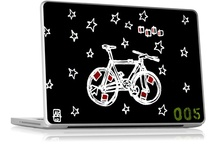 Sleeves, Skins and Stickers / Some fresh ideas to spice up your environment with laptop skins, engravings, sleeves, cases and skins.