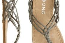 Twinkle toes! / by Tara Belmont