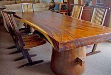Asztalok, padok fából