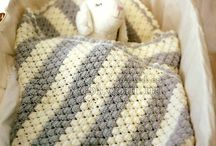 Вязаные детские одеяла