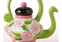 Teapots/Teacups / by Margeaux B.