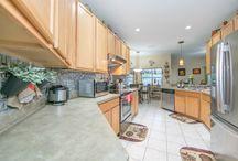2820 Sweetsprire Cir, Kissimmee, FL 34746 / Beautifully landscaped Single Family Home