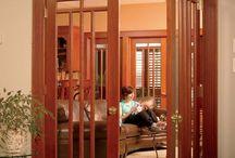 puertas claicas y modernas