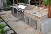 Outdoor Kitchen and Dining Areas / Check out our outdoor kitchens and dining areas!