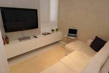 Televisão na sala pequena