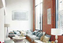 Palety na doma / Nábytek, který nás obklopuje a vytváří naše životní prostředí.