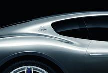 Alfieri / 4 Marca 2014 roku, w dniu otwarcia Motor Show w Genewie, Maserati zaprezentowało koncepcyjny model Alfieri 2+2. Ten model ma uświetnić 100-lecie marki obchodzone w tym roku. Alfieri jest ekscytującym, ale w 100% realistycznym prototypem, prezentuje DNA przyszłych projektów stylizacyjnych marki.
