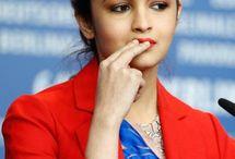 Indian Beautiful Celebrities / Indian Hot Celebrities Pictures,