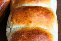 Japanese Breads, Rolls, Muffins, Pans...yummy stuffs!!!