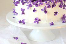 Purple Wedding / Purple weddings, dresses, table settings and stationery