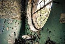 Okna do duše opuštěných domů