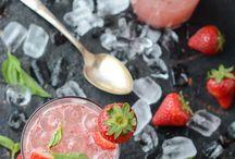 Cocktails / by Hyun Briski