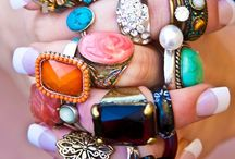 Jewelry I'd love to have / by Donna Jensen