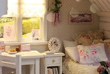 vintage girl bedroom