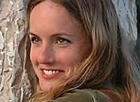 Flavia Robalo / Flavia Robalo nasce a Buenos Aires, Argentina, nel 1973