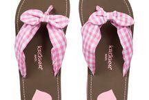 Trachtenschuhe / Damenschuhe 2016 / Hier finden Sie schicken Trachtenschuhe für Damen. Pumps, Ballerinas, Stiefel und Flip Flops