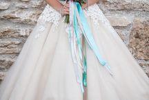 3. Wedding Dress / by Lindsay Mountain