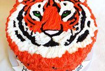 Madison's 5th Birthday / Tiger cake ideas