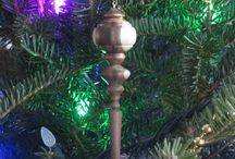 Christmas Carvings by Don Dailey / Carved Santa figures and Ornaments by The Sunday Woodcarver