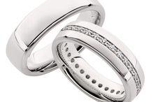 Ontwerp je eigen ring! / Ontwerp je eigen ring! Met onze speciale ringconfigurator kunnen jullie geheel naar eigen smaak jullie droomringen ontwerpen.