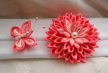 kwiaty ze wstązki