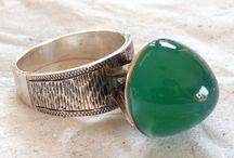 Modernist STATEMENT Rings!! / Eye-catching vintage finger ornaments.
