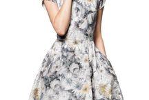 Sukienki AiR