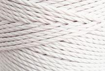 Cuerdas y materiales