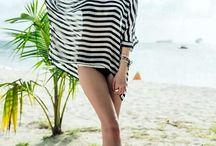 Conjunto Swimwear de 3 Peças / Conjunto de biquini de 3 peças Ajustável Cores: preto e branco Tecido: elastano e seda  Veste listrada em preto e branco solta Tamanho M  Medidas:  Busto: 96 - 100cm Cintura: 78 - 82cm Quadril: 100 -  105cm