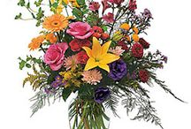 Betty Lou's Flowers Seasonal/Holiday Arrangements