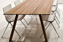 Clash 836 table / Wooden parts: birch, oak, or ash, standart stained alternatives.. Tabletop: solidwood.