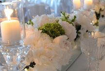 Table Settings & Centerpieces / by Robin Clarke