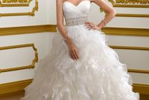 wedding dresses I adore even if I am old and married for 16 yrs lol / by Lisa Lyne Blevins