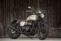 Triumph bonneville / Motorräder