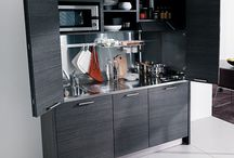 Small kitchen design / Utilize your space with these inovative small kitchen design ideas.