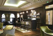 "Project Hotel Frontenac - Z-parket - Floor: Paris / The beautiful art-deco bar ""Le 47"" within Hotel Frontenac uses the charming Z-parket Paris floor. #zparket #interiordesign #hardwoodoakflooring #engineeredwoodflooring"