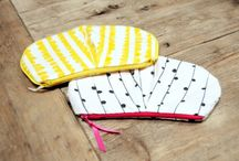 Sewing - Pouches, Purses, and Bags / by Cassandra Neace