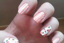 Nails. :3 / Les ongles , les vernis ... Ma passion . :-D