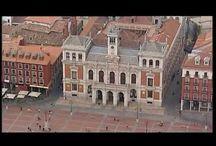 Zenit Imperial, Valladolid / El Hotel Zenit Imperial se encuentra en la Plaza Mayor de Valladolid, en la antigua Casa Palacio de los Gallo de Valladolid. Se trata de un hotel en Valladolid emplazado en un edificio histórico del siglo XVI y situado junto al Ayuntamiento de Valladolid, en pleno centro comercial de la ciudad.