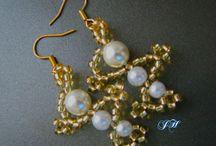Výtvory z korálků a FIMO od Vás / Vytvořili jste něco z našich korálků? Nebo jste se inspirovali našimi návody? Zde najdete všechny šperky a výrobky, které jste nám zaslali. Těšíme se :) Korálkování i FIMO nás baví !