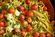 Eats - Savory / I enjoy cooking when I have the time - I especially love pasta and seafood and it's fun to try new recipes - lots of good ones here / by Linda Johannsen