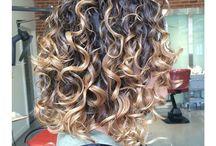 cheveux boucle´