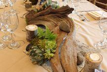 Table Arrangements / Pretty table arrangement ideas for dinner parties and events.