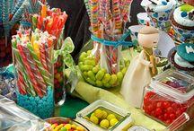 Candy Bar & Desert table / by Rosana Iglesias Barrio