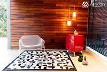 Colección Living Purple / Este es el resultado de los diseños personalizados en tapetes decorativos para el hogar African-Leather 2015. Diferentes procesos, diseños y creaciones de nostros para ustedes.
